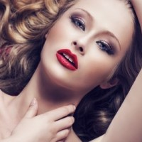 Learn Beauty Retouch Techniques in Photoshop - Become a PRO!